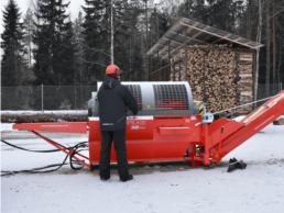 Štípací procesor Hakki Pilke 38 Pro v zimě
